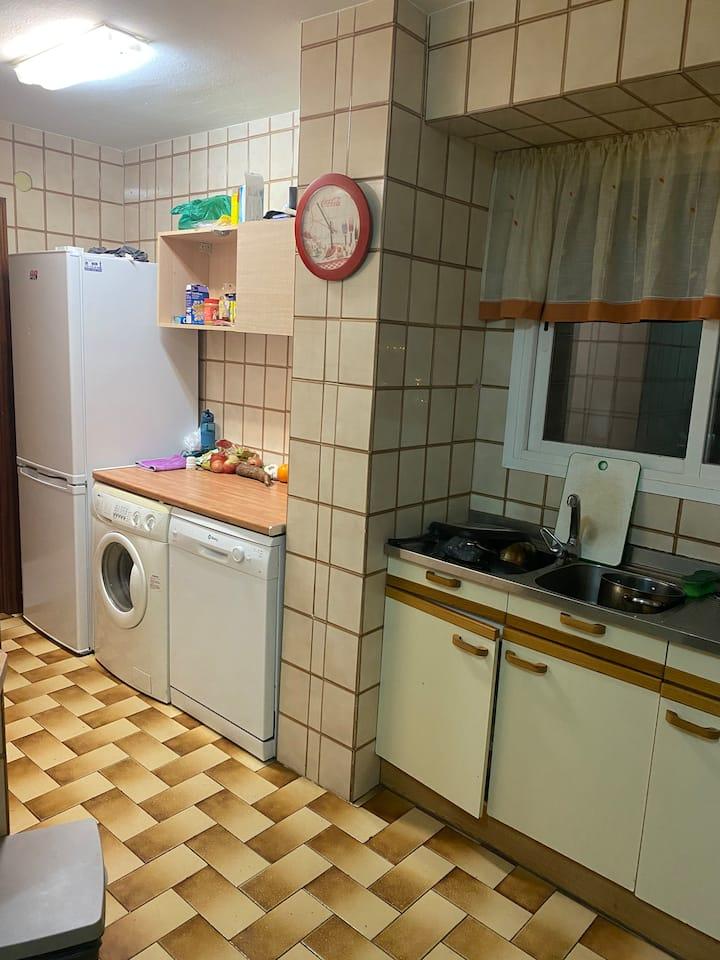Apartamento moratalaz con una habitación