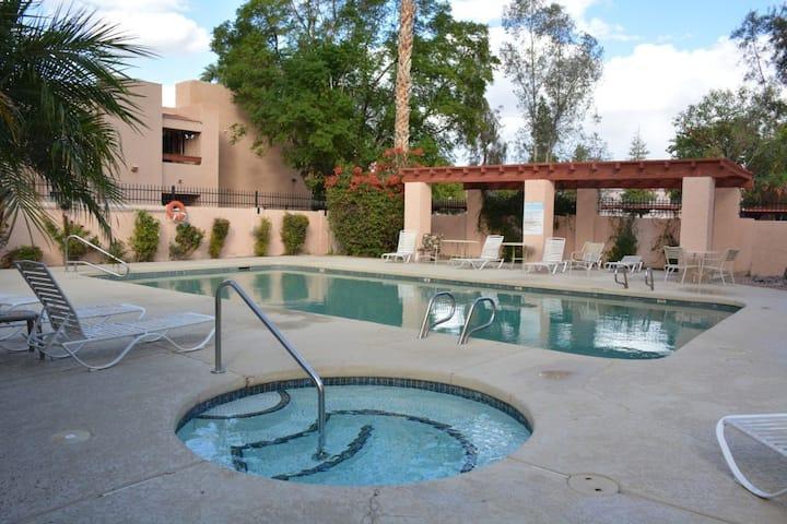 Affordable 1BR Condo North Phoenix