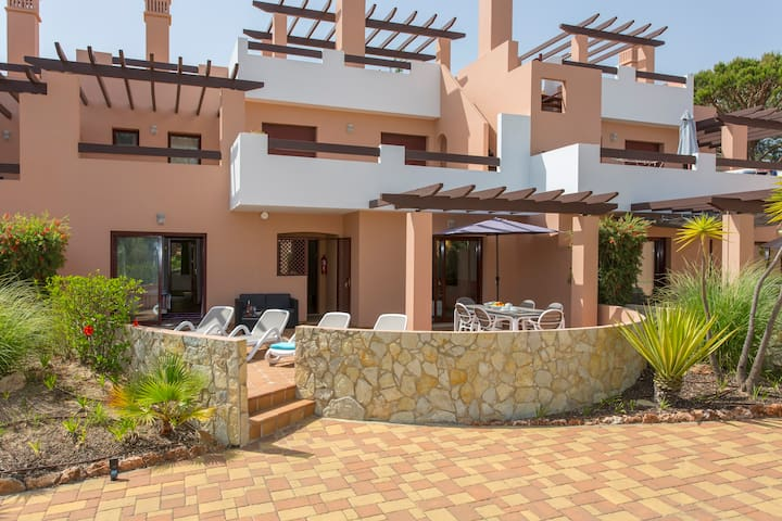 Apartment | Vila Sol Resort | Golf | Swimming Pool