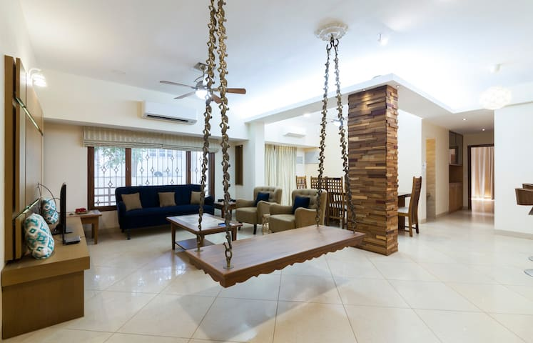 Luxury Apartment on Chamiers Road