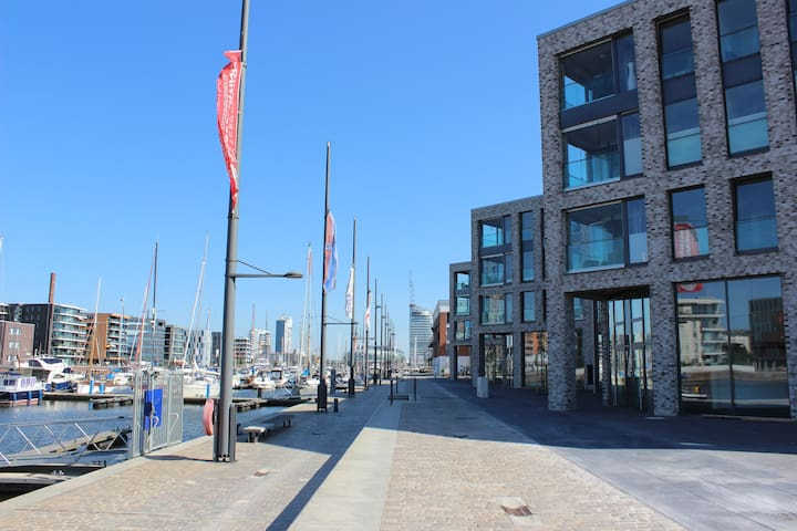Cozy Apartment with river view - Bremerhaven - 公寓