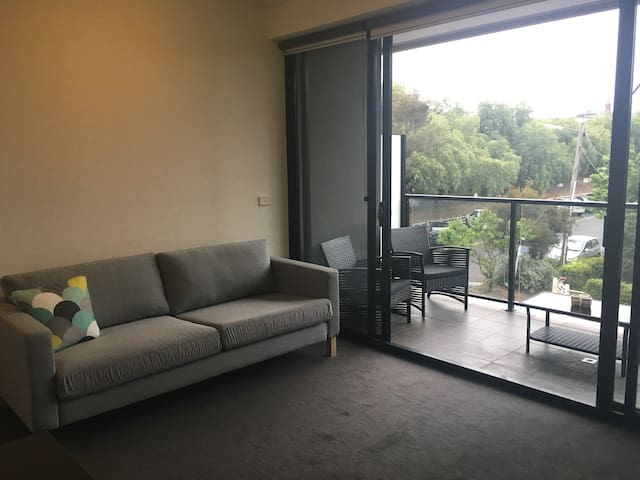 Bright, Northcote apartment - Northcote - Appartement