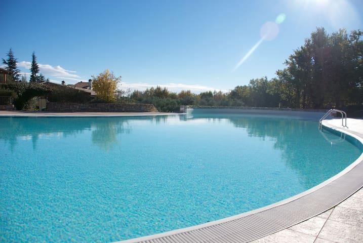 Sakura House - Holiday on Lake - flat with pools