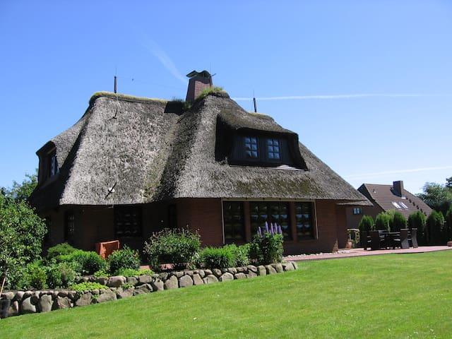 großzügig Ferienhaus Humptrup - Humptrup - Casa