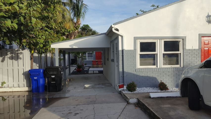 2/2 house on the beach - Lauderdale-by-the-Sea - Rumah