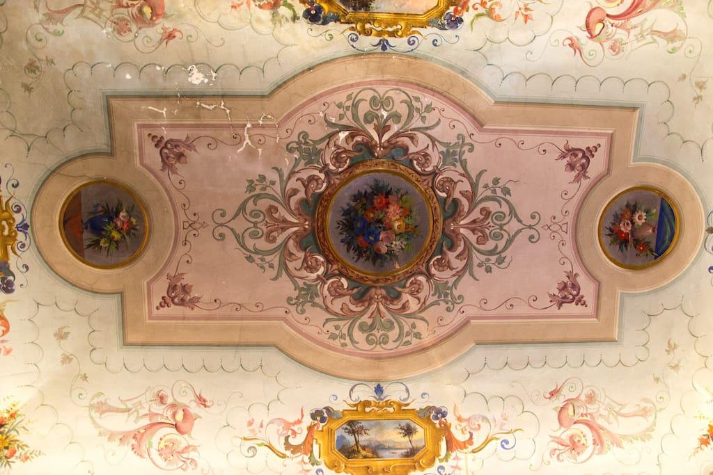 Frescoed ceiling master bedroom
