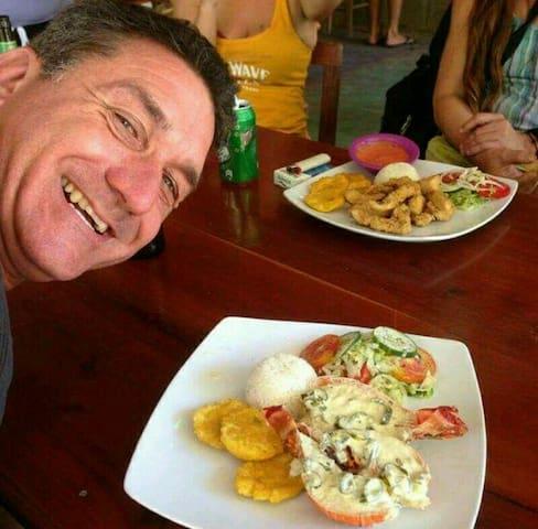 Lobster Lunch at Bar Gabys