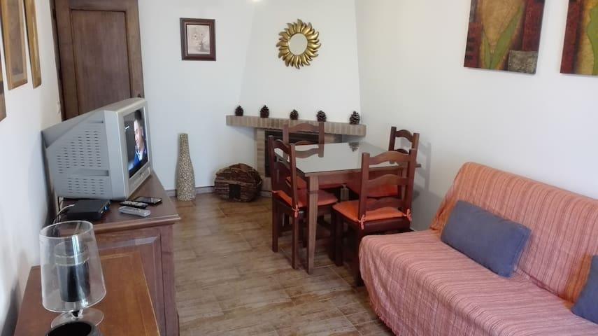 Apartamento en El Bosque con dos habitaciones - El Bosque - Condominio