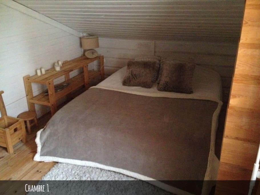 Chambre fermée 1 lit double