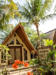 Bale Kampung-Bungalow 1 - Gili Air - Bed & Breakfast