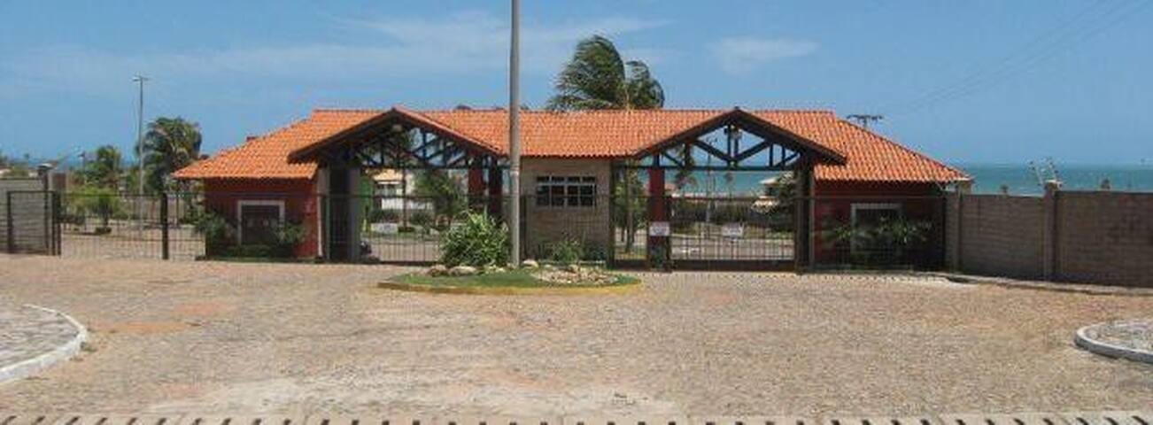 CASA CONDOMINIO FECHADO CUMBUCO - Caucaia - Rumah