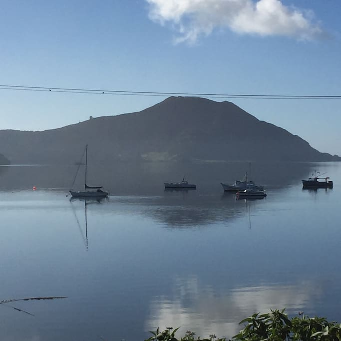 Mt. Camel and Houhora Harbour--walking distance from Feijoa Cottage