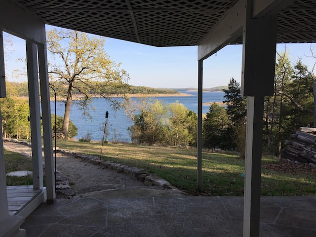 Bull Shoals Lake Private Home & Boat Dock - Oakland