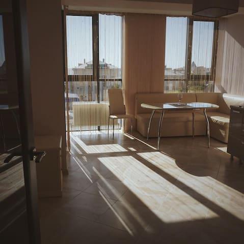 Уютная квартира в самом центре города - Krasnodar - Wohnung