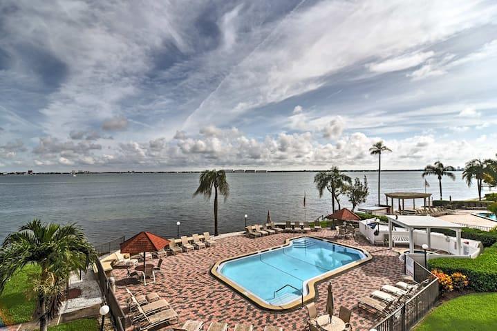 Tropical Paradise! Condo w/ Balcony & Pool Access