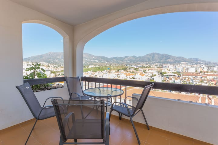 "☆Spacious Ap. 2BR Heart of ""Los Boliches"""