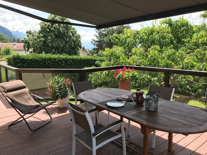 Maison au calme avec jardin à 3km du lac d'Annecy