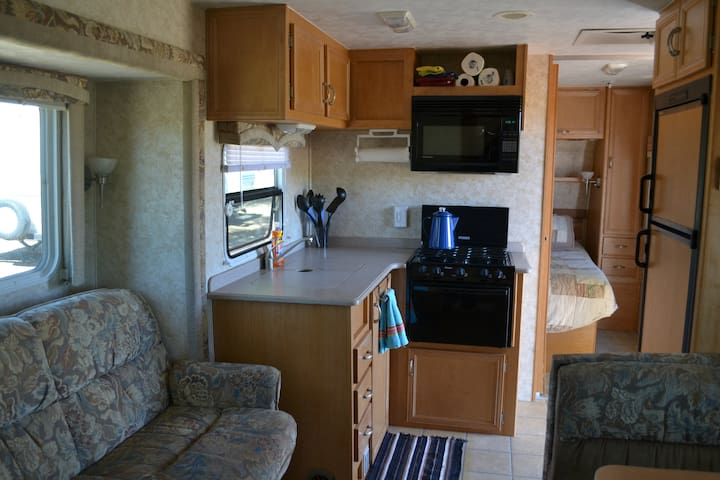 RV in quiet campground on cattle ranch - Lakeview - Camping-car/caravane