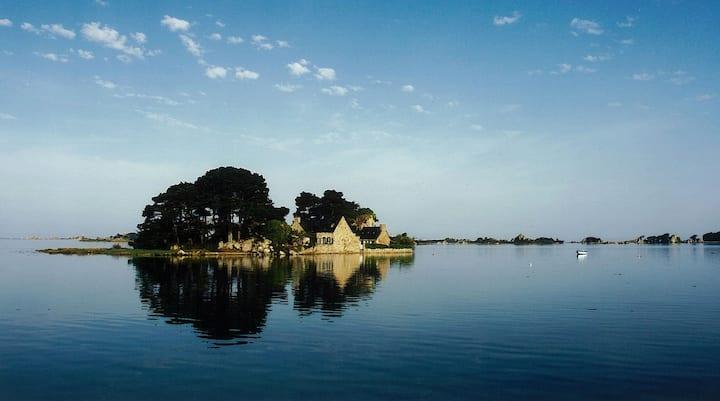 Coz Castel - Rent a private island!