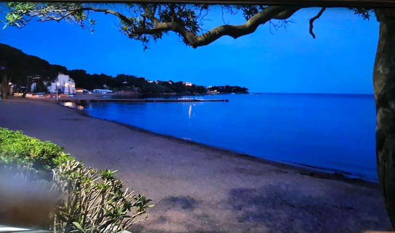 Appart  70m de la plage  d'Agay avec rez-de-jardin - Saint-Raphaël - Appartement