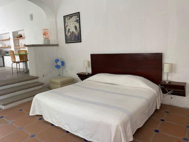 Amplia habitación con cama king size!!