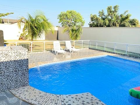 Areá de Lazer com piscina, excelente para descanso