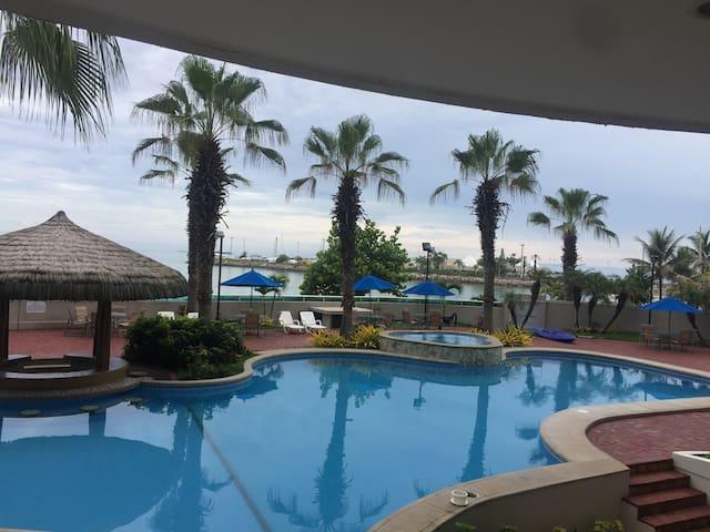 Departamento con vista al mar - Salinas - Apartment