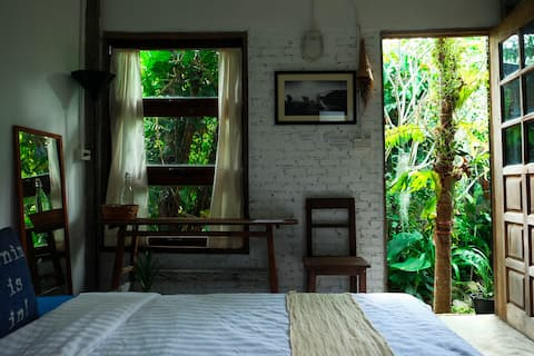 Get home no.32 home stay(Little  Cottage)