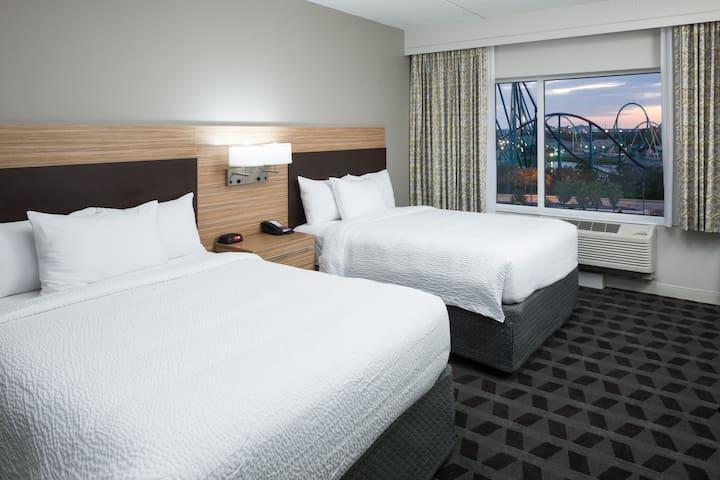 Blue Mermaid Suite 03/2 Queen Beds Suite + Parking
