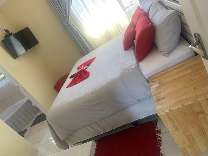 Ekaya Palace room#5, A Home Built for Your Comfort