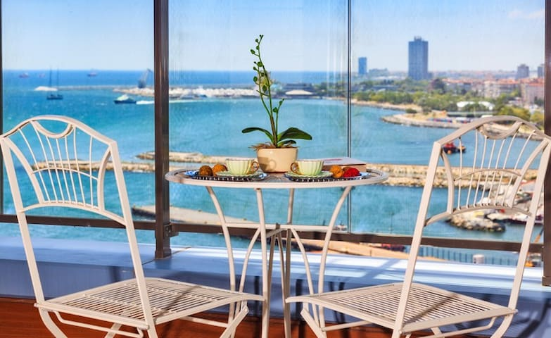 Pleasant Luxury Residence with sea view - Bakırköy - Apartment