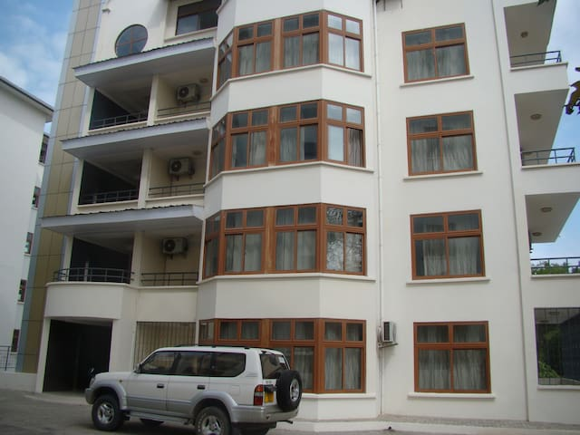 Baobab Apartments & Inn