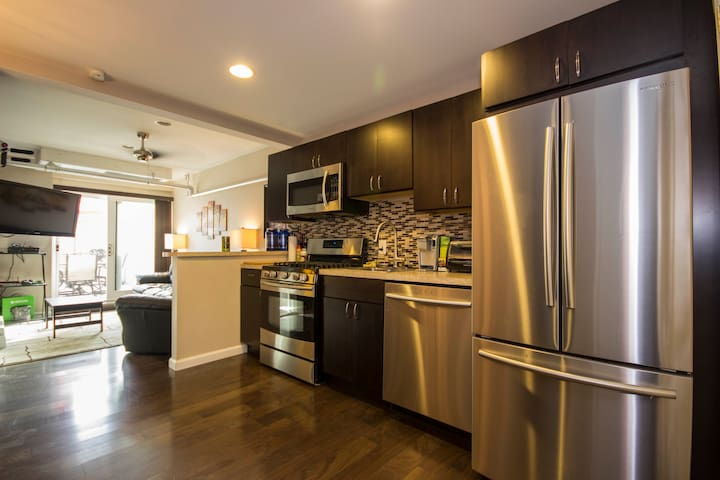 New! Private & Cozy Apartment - Minutes to NYC!