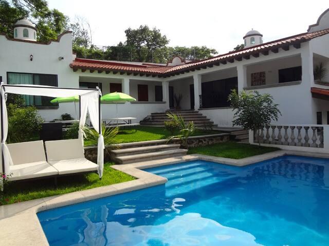 Casa La Toscana, 5 estrellas, 20 px - Jiutepec - Casa