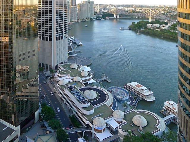 Felix Exec FF Serv Apartment - Brisbane - Apartment