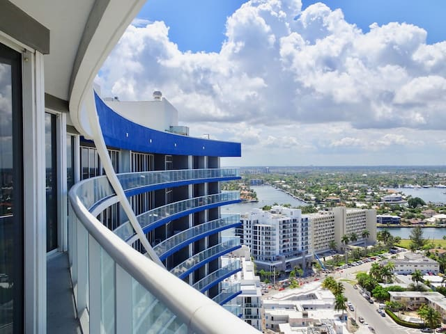 Superior Apartment Two Bedrooms- W 2408
