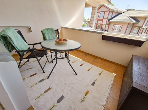 Beautiful apartment with balcony. Free parking!