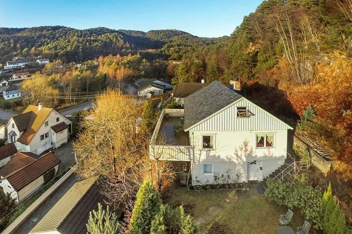 A room to rent - Bergen - Hus