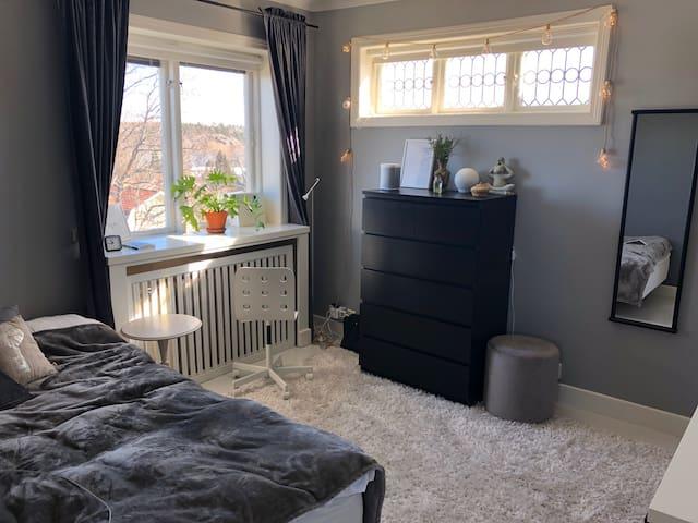 Bedroom 2, 120 cm bed