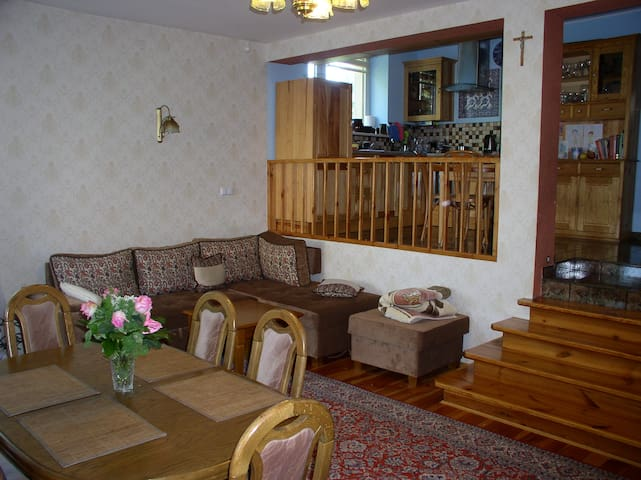 2 Bedroom House with small garden - Wrocław