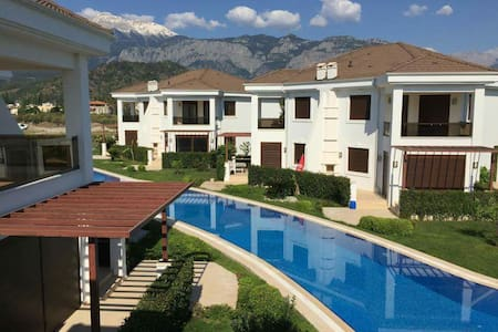 Villa in compleks 400m from the sea - Kemer - Talo