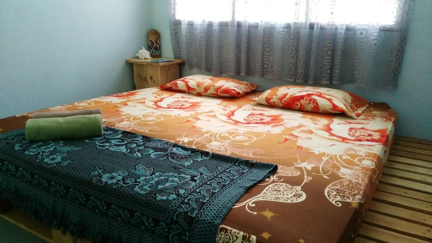 Sea Gypsy Queen room - Mukim Padang Matsirat - House