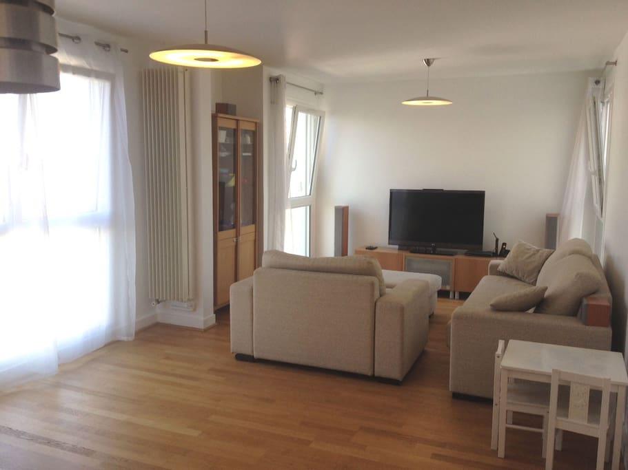 Proche paris 20 mn disneyland appartements louer for Appartement a louer a maison alfort