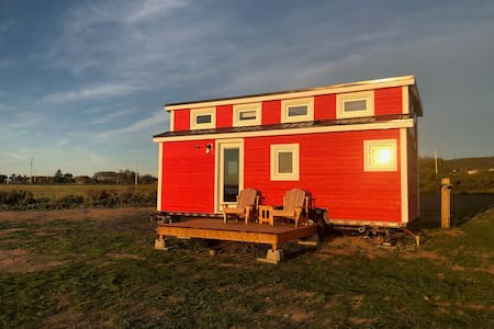 Tiny House on Wheels - Red House