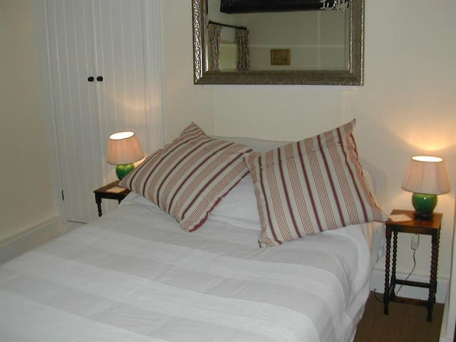 Small Double Bedroom - The farmhouse