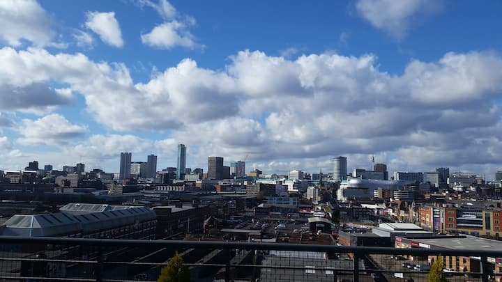 Penthouse with HUGE terrace in vibrant Digbeth