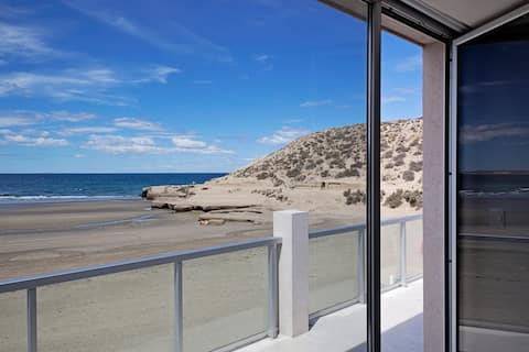 Oceano Patagonia - Eco hotel. On the Beach-