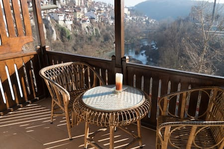 Great house with amazing view near the center - Veliko Tarnovo