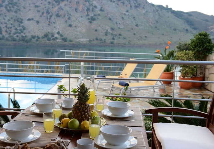 Great Lake Views at Bluefairy Villa & Near the Sea - Crete