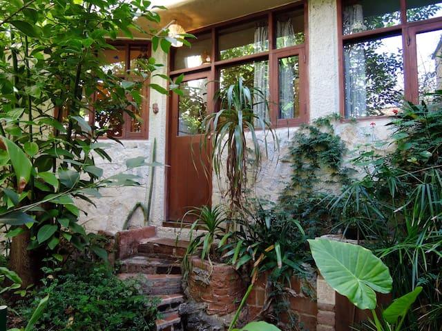 Departamento con Jardín